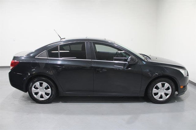 2013 Chevrolet Cruze 1LT Sedan FWD