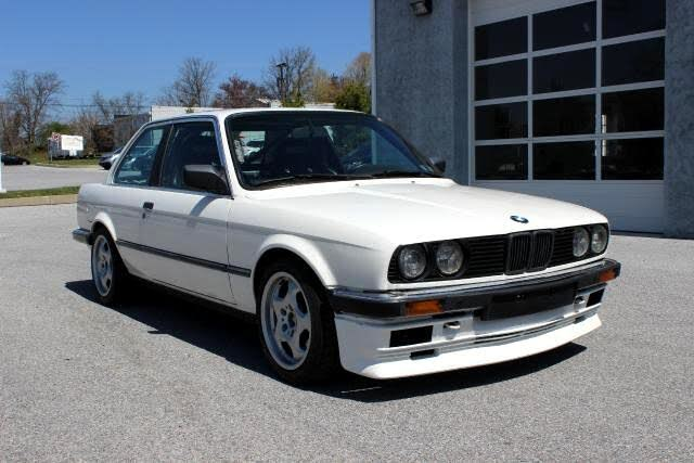 1987 BMW 3 Series 325 Sedan RWD