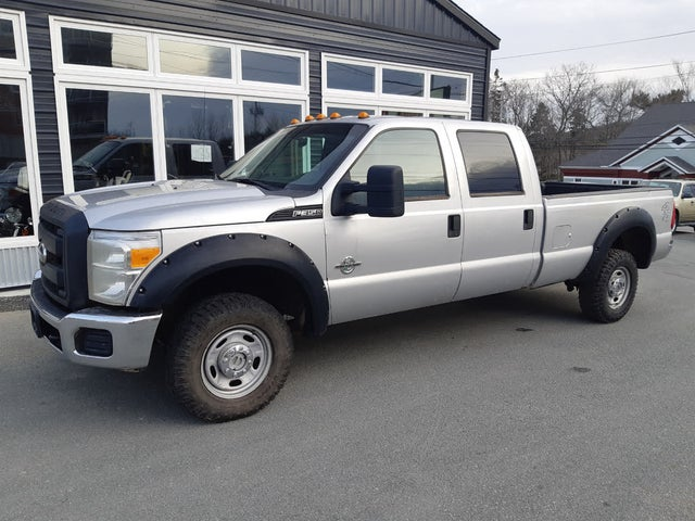2011 Ford F-350 Super Duty XL Crew Cab LB 4WD