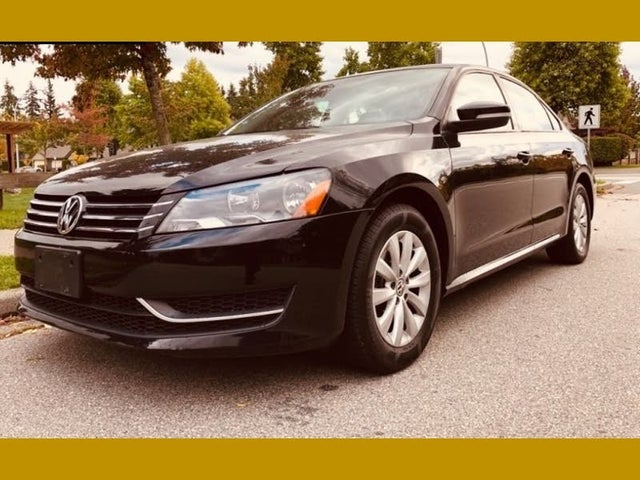 2013 Volkswagen Passat S with Appearance