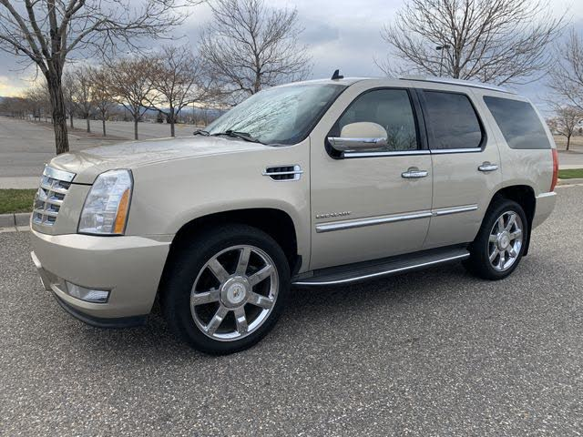 2010 Cadillac Escalade Luxury 4WD