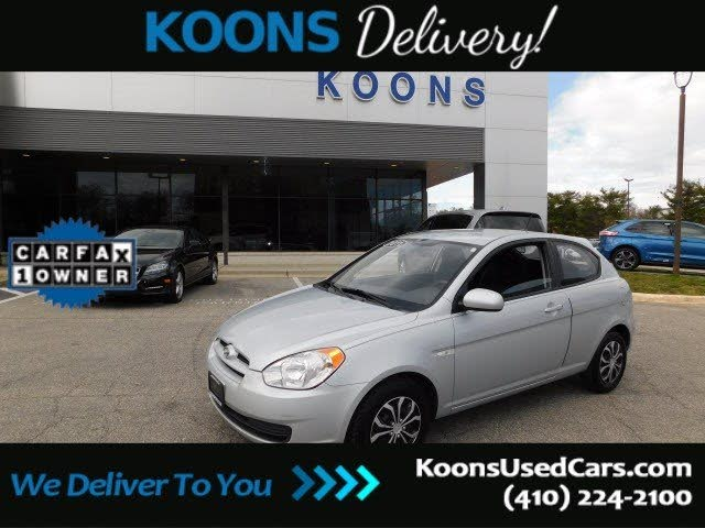 2011 Hyundai Accent GS 2-Door Hatchback FWD