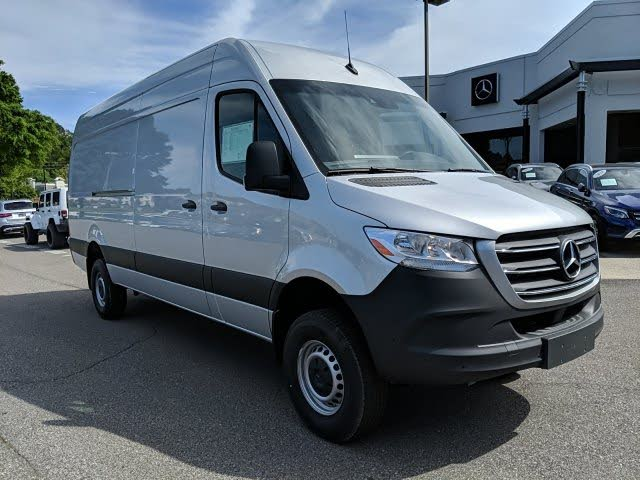 2019 Mercedes-Benz Sprinter 3500 XD 170 V6 High Roof Crew Van 4WD