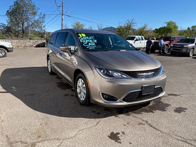 2018 Chrysler Pacifica Touring Plus FWD