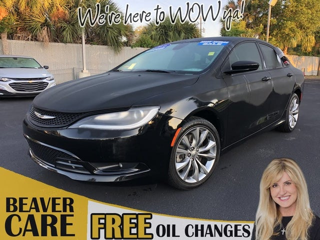 2016 Chrysler 200 S Sedan FWD