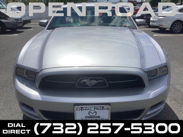 2014 Ford Mustang V6 Premium Coupe RWD
