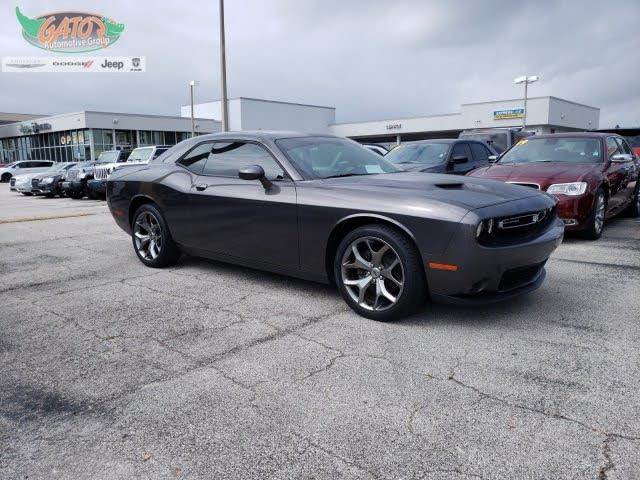 2017 Dodge Challenger SXT Plus RWD