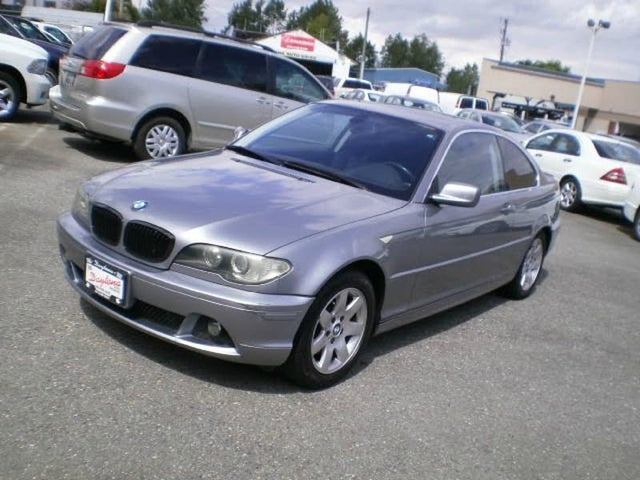 2004 BMW 3 Series 325Ci Coupe RWD