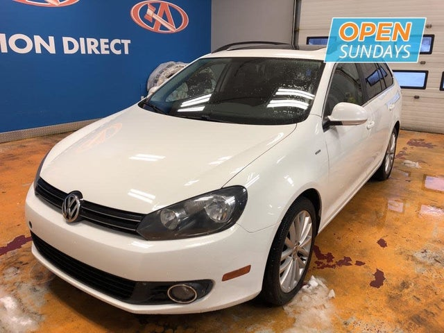 2014 Volkswagen Golf TDI with Sunroof and Nav