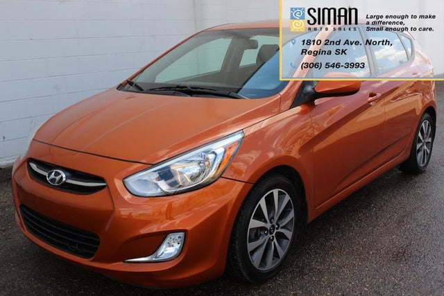 2015 Hyundai Accent GS 4-Door Hatchback FWD