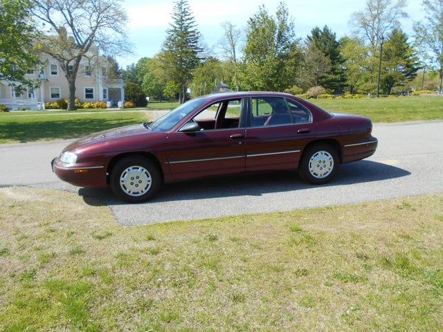 1997 Chevrolet Lumina Sedan FWD