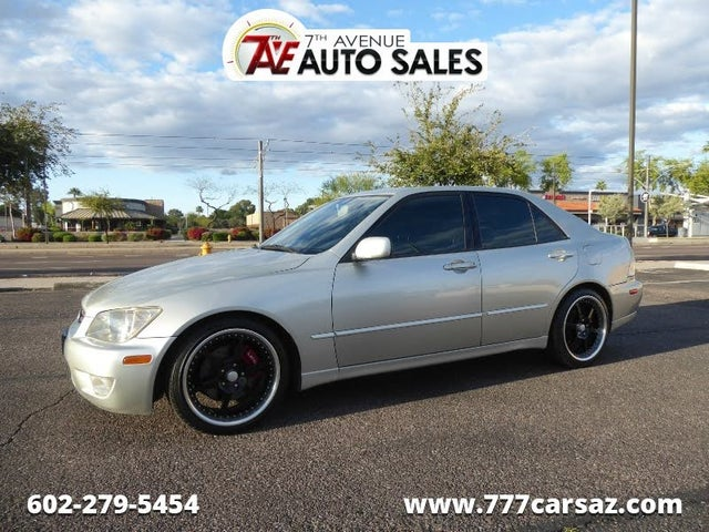 2003 Lexus IS 300 Sedan RWD
