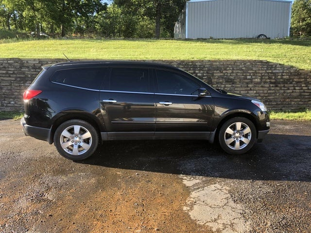 2011 Chevrolet Traverse LTZ AWD