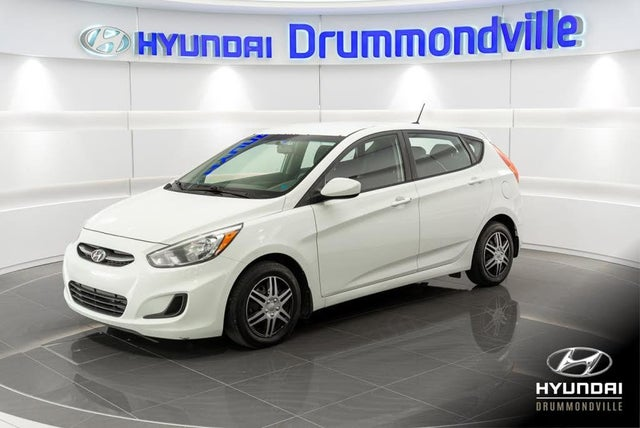 2015 Hyundai Accent GL 4-Door Hatchback FWD