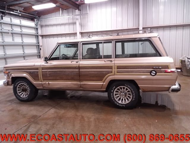 1990 Jeep Grand Wagoneer 4 Dr STD 4WD SUV