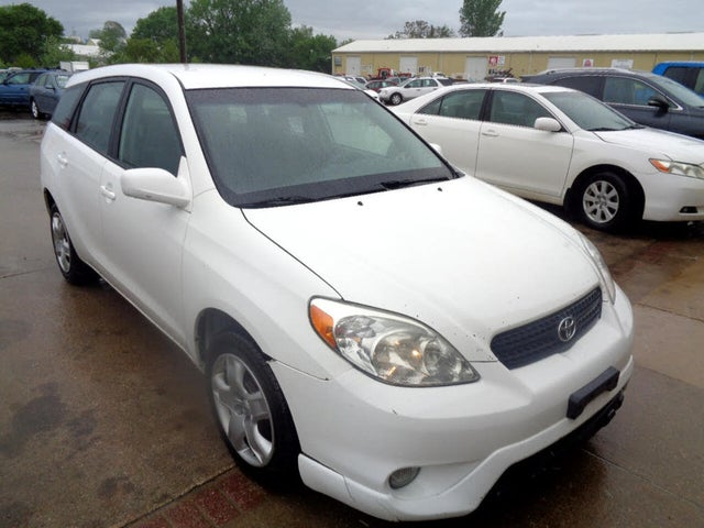 2006 Toyota Matrix FWD