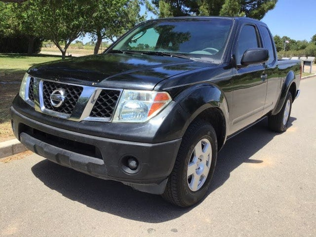 2006 Nissan Frontier XE 4dr King Cab SB with automatic