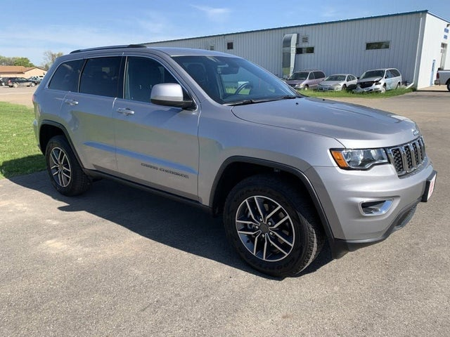 2020 Jeep Grand Cherokee Laredo E 4WD