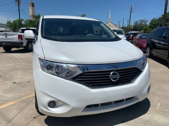 2016 Nissan Quest Platinum