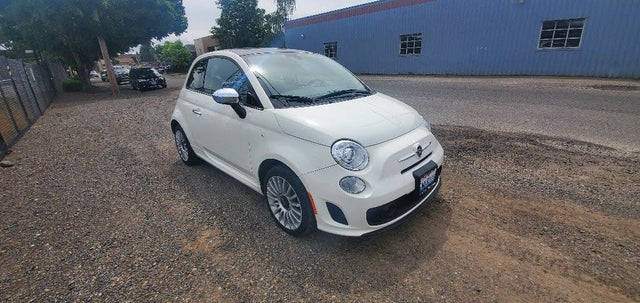 2018 FIAT 500 Lounge Hatchback FWD