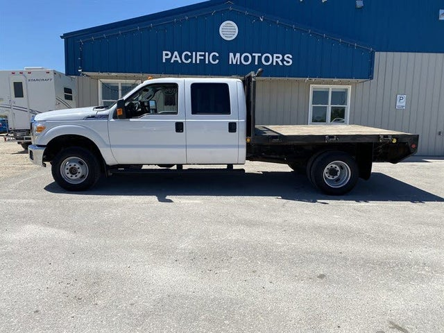 2011 Ford F-350 Super Duty Chassis XLT Crew Cab DRW 4WD