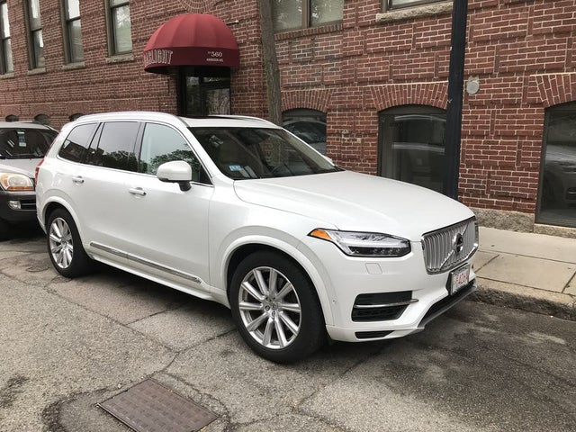 2018 Volvo XC90 Hybrid Plug-in T8 Inscription eAWD