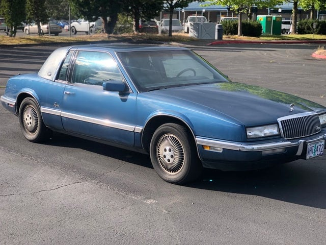1990 Buick Riviera Coupe FWD