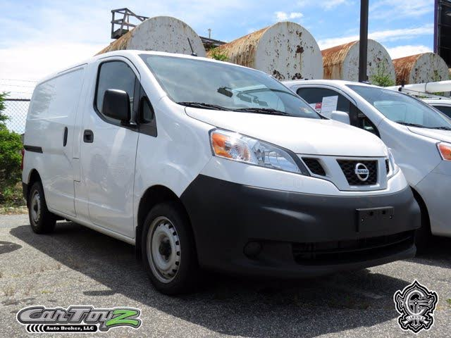 2018 Nissan NV200 S FWD