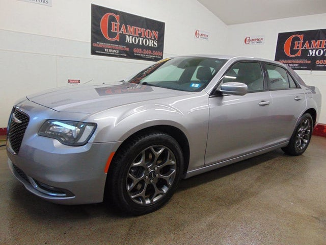 2015 Chrysler 300 S AWD