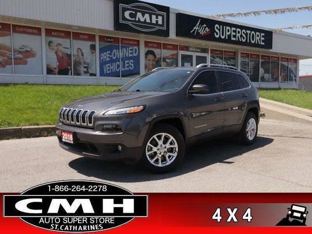 2018 Jeep Cherokee Latitude 4WD with Tech Connect Package