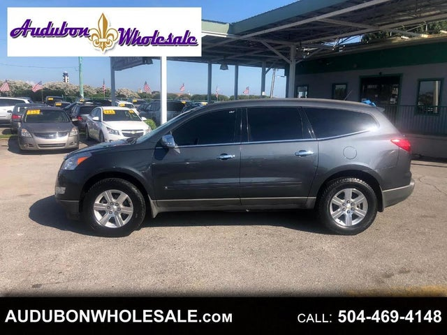 2010 Chevrolet Traverse 2LT FWD