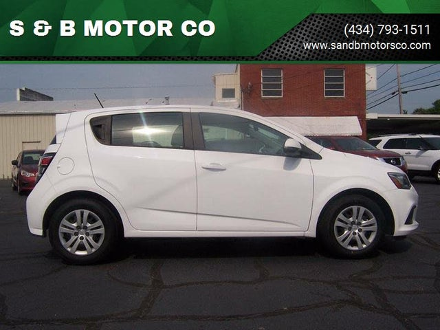 2017 Chevrolet Sonic LT Fleet Hatchback FWD