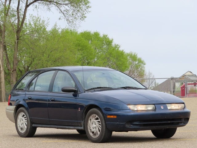 1999 Saturn S-Series 4 Dr SW2 Wagon