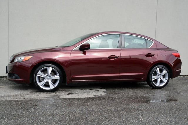 2014 Acura ILX FWD with Dynamic Package