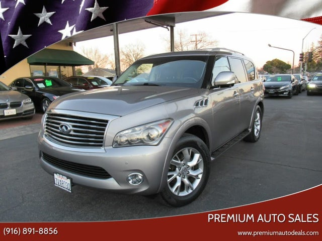 2012 INFINITI QX56 4WD with Split Bench Seat Package