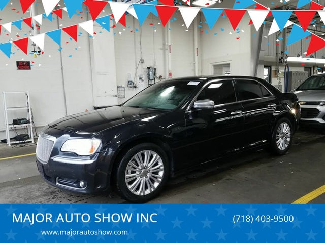 2014 Chrysler 300 C John Varvatos Luxury Edition AWD