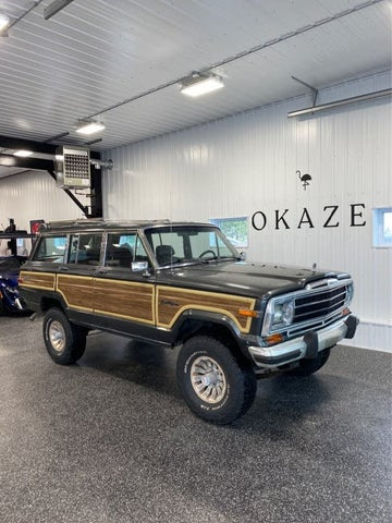 1987 Jeep Grand Wagoneer 4 Dr STD 4WD SUV