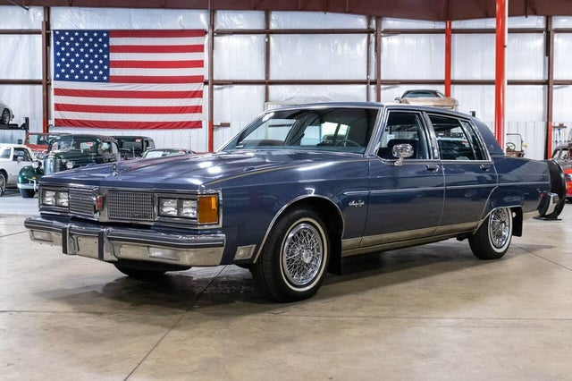 1984 Oldsmobile Ninety-Eight Regency Brougham Sedan RWD