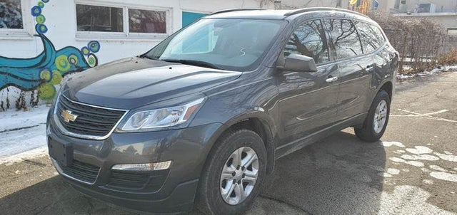 2013 Chevrolet Traverse LS FWD