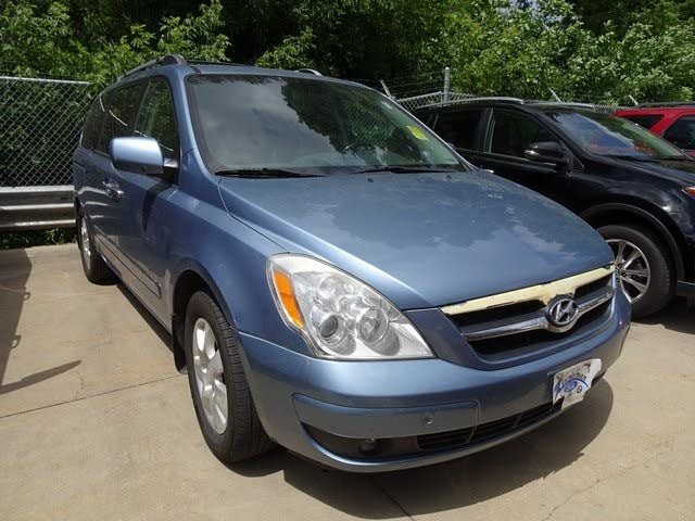 2007 Hyundai Entourage Limited FWD