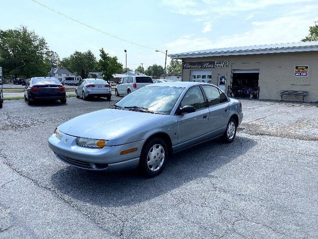 2002 Saturn S-Series 4 Dr SL1 Sedan