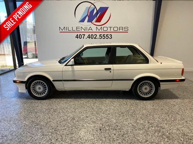 1991 BMW 3 Series 318is Coupe RWD