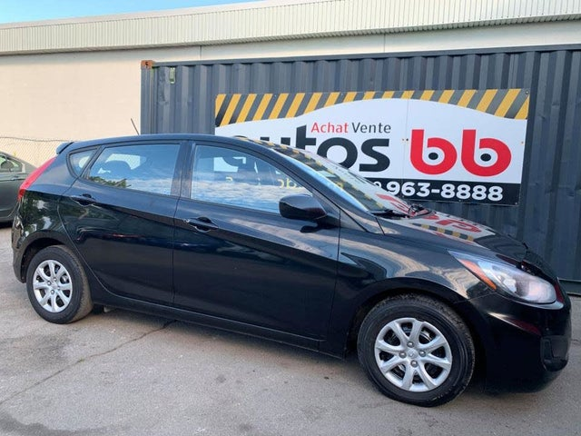 2014 Hyundai Accent GS 4-Door Hatchback FWD