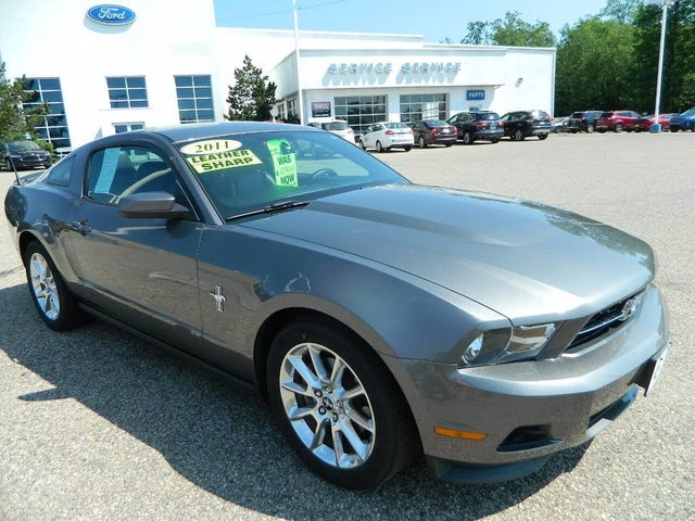 2011 Ford Mustang V6 Premium Coupe RWD