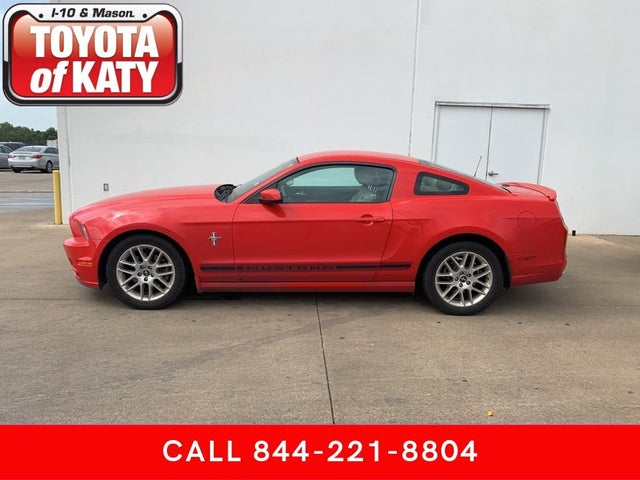 2014 Ford Mustang V6 Coupe RWD