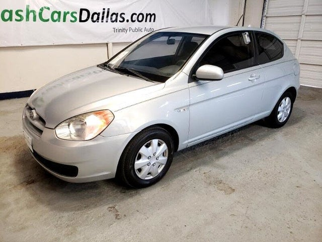 2010 Hyundai Accent GS 2-Door Hatchback FWD