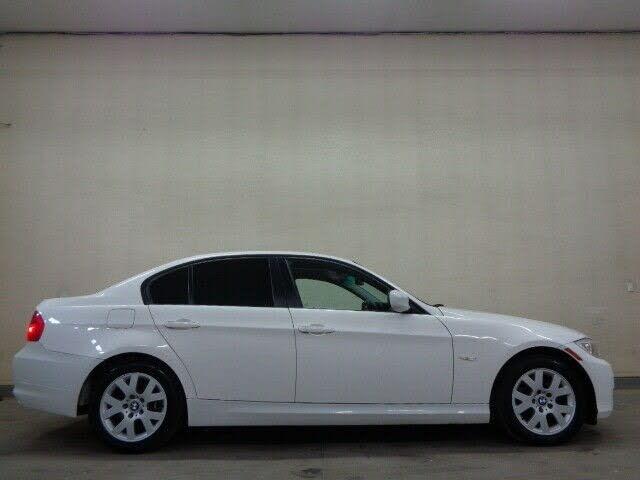 2011 BMW 3 Series 328i xDrive Sedan AWD