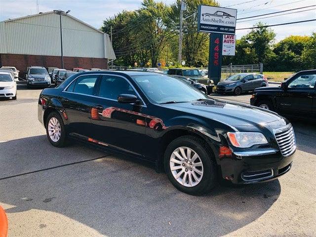 2011 Chrysler 300 RWD