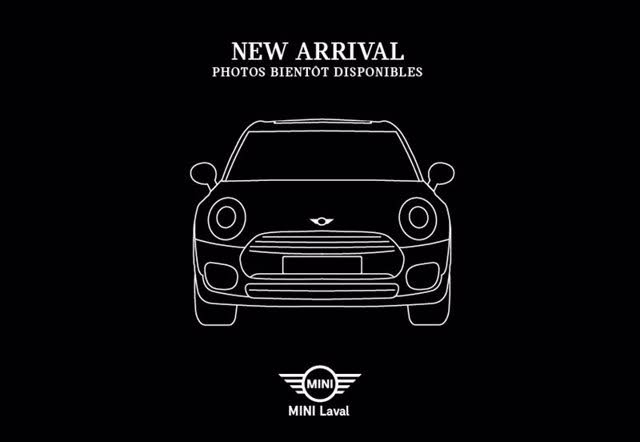 2016 MINI Cooper 4-Door Hatchback FWD