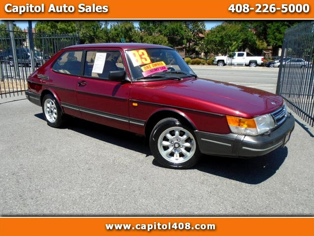 1993 Saab 900 2 Dr S Luxury Hatchback